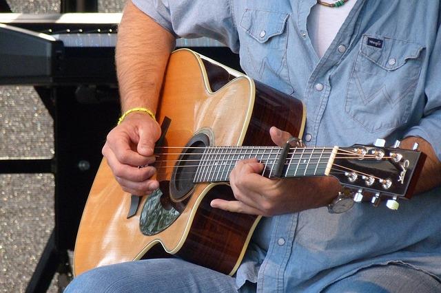 6 dicas de violão para iniciantes